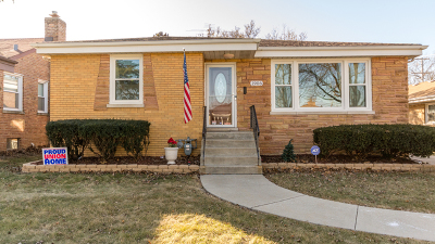 Westchester IL Single Family Home New: $285,000