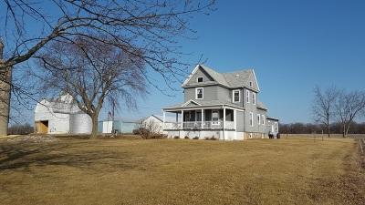Harvard Single Family Home For Sale: 26010 Hunter Road