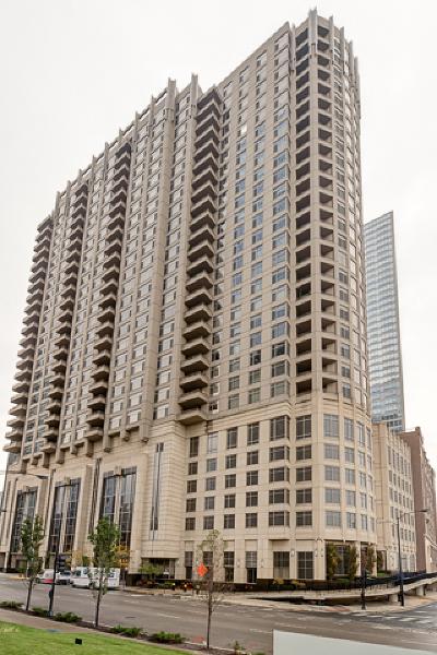 Chicago Condo/Townhouse New: 530 North Lake Shore Drive #1204