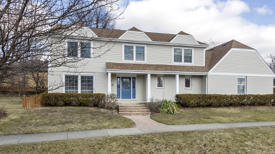 Clarendon Hills Single Family Home For Sale: 7 Woodstock Avenue