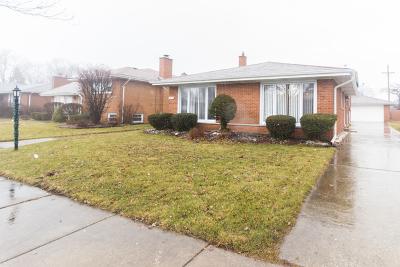 Oak Lawn IL Single Family Home New: $285,000