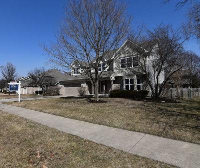 Batavia IL Single Family Home New: $419,900