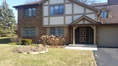 Palos Heights Condo/Townhouse Contingent: 7921 West Lakeview Court #1A