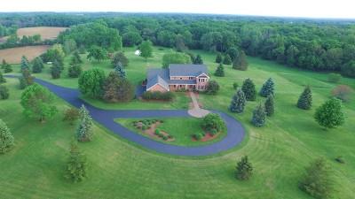 Kenosha County Single Family Home For Sale: 10944 224th Avenue