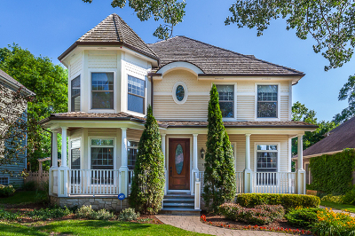 Clarendon Hills Single Family Home For Sale: 439 Ridge Avenue
