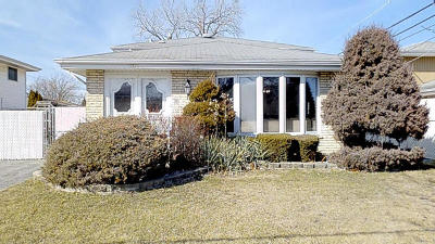 Crestwood Single Family Home For Sale: 5024 West 137th Street West