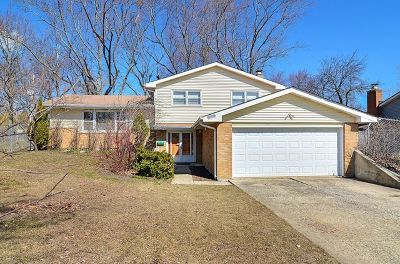 Darien Single Family Home For Sale: 706 69th Street