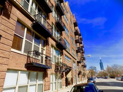 Chicago Condo/Townhouse For Sale: 1500 West Monroe Street #206