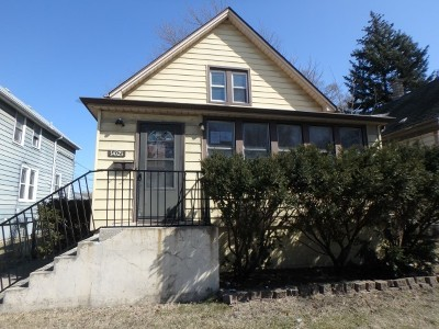 Dolton Single Family Home For Sale: 14721 Chicago Road