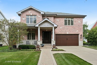 Highland Park Single Family Home For Sale: 1049 Court Avenue