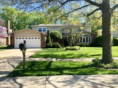 Northbrook Single Family Home For Sale: 3835 Medford Circle