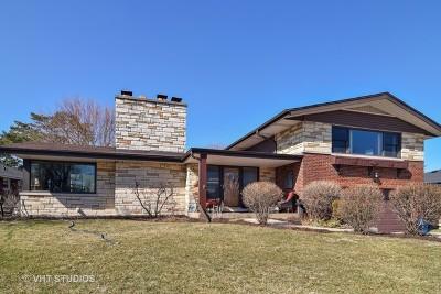 Elmhurst Single Family Home For Sale: 242 North Caroline Avenue