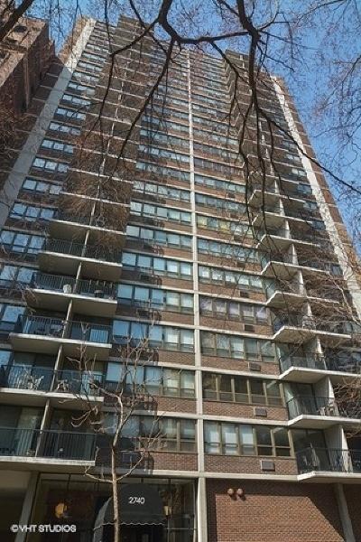 Condo/Townhouse For Sale: 2740 North Pine Grove Avenue #12B