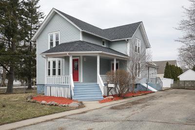 Marengo Single Family Home For Sale: 515 Hale Street