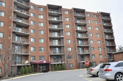 Bloomingdale Condo/Townhouse Price Change: 1 Bloomingdale Place #221