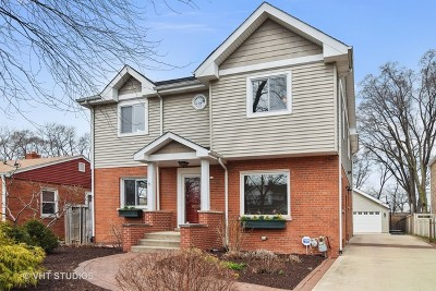 Elmhurst Single Family Home For Sale: 481 West Alexander Boulevard