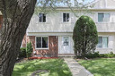 Bolingbrook Condo/Townhouse Contingent: 168 Beaconridge Drive