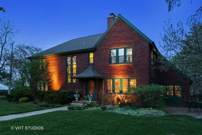 Arlington Heights Single Family Home For Sale: 635 North Highland Avenue