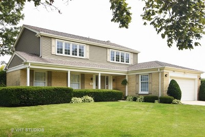 Arlington Heights Single Family Home Contingent: 1704 South Milbrook Lane