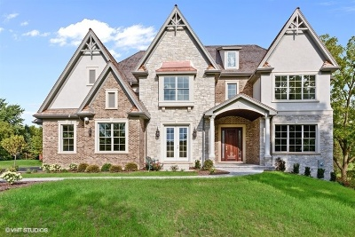 Barrington Hills Single Family Home For Sale: 36 Abbey Woods Drive