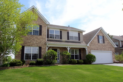 Crystal Lake Single Family Home For Sale: 1231 Fieldstone Drive