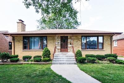 Evergreen Park  Single Family Home For Sale: 9328 South Ridgeway Avenue