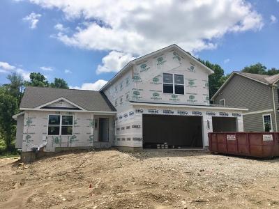 Fox Lake Single Family Home For Sale: 525 Deer Run