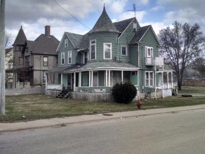 Joliet Single Family Home For Sale: 600 East Cass Street