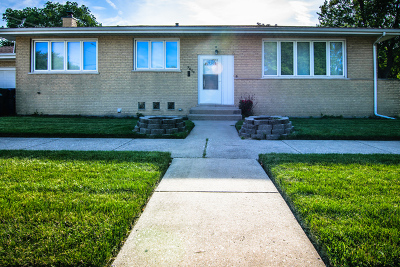 Orland Park, Tinley Park, Evergreen Park, Oak Lawn, Matteson, Olympia Fields, Flossmoor, Frankfort, Country Club Hills, Richton Park, Palos Heights, Palos Park, Palos Hills, Orland Hills, Homewood, Crestwood Single Family Home For Sale: 9800 South Washtenaw Avenue