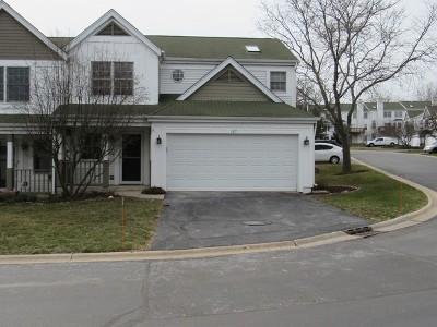 Carpentersville Condo/Townhouse For Sale: 127 Spring Court North