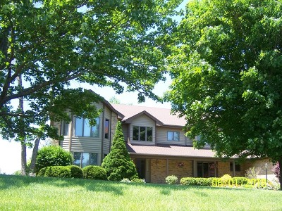 Crystal Lake Single Family Home For Sale: 3301 Kristen Trail