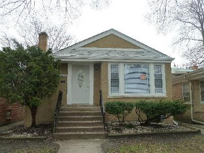 Riverdale Single Family Home For Sale: 14219 South Dearborn Street