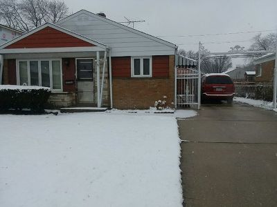 Chicago  Single Family Home For Sale: 4633 West 82nd Place