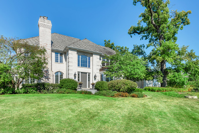 Wheaton Single Family Home For Sale: 122 Muirfield Circle