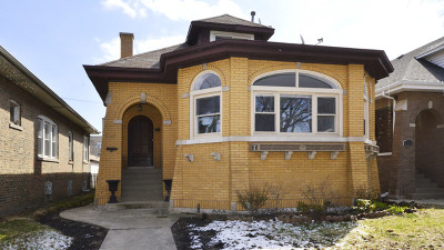 Single Family Home For Sale: 6451 North Mozart Street