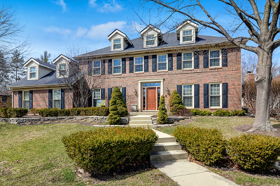 Downers Grove Single Family Home For Sale: 814 Claremont Drive