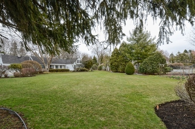 Wheaton Single Family Home For Sale: 1407 Gables Boulevard
