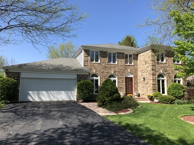 Lincolnshire Single Family Home For Sale: 303 Whitmore Lane