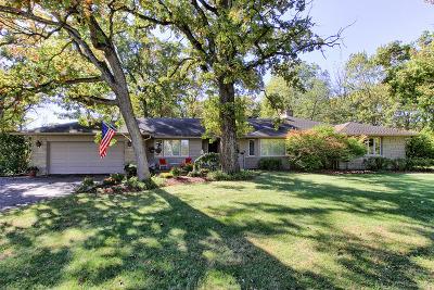 Barrington Single Family Home For Sale: 432 East Oakwood Drive East