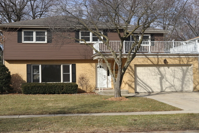 Arlington Heights Single Family Home For Sale: 448 South Kennicott Avenue