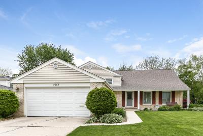 Arlington Heights Single Family Home For Sale: 1615 South Surrey Ridge Drive