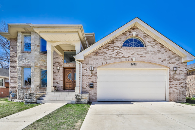 Skokie Single Family Home For Sale: 9432 Le Claire Avenue