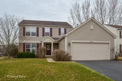 Carpentersville Single Family Home Contingent: 1656 Gleneagle Drive