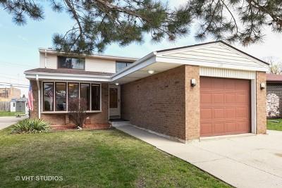 Elmhurst Single Family Home For Sale: 269 West Kimbell Avenue
