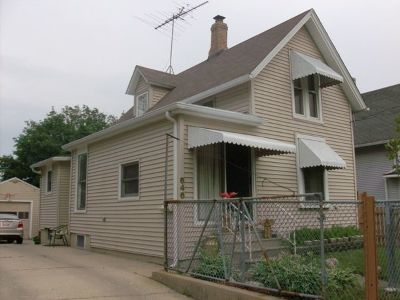 Elgin Single Family Home New: 646 Raymond Street