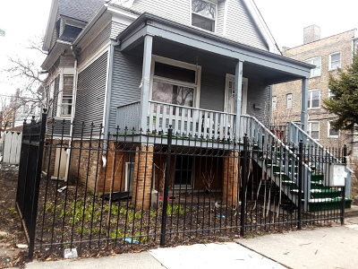 Chicago Single Family Home For Sale: 3072 North Avers Avenue
