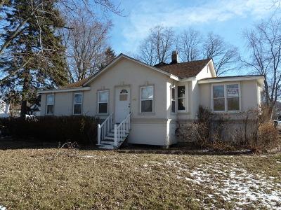 Barrington  Single Family Home New: 845 South Hough Street