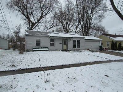 Streamwood Single Family Home New: 302 East Maxon Lane
