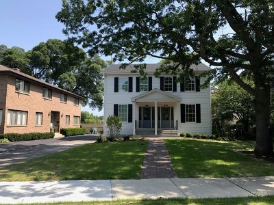 Lake Forest Condo/Townhouse For Sale: 1439 North McKinley Road