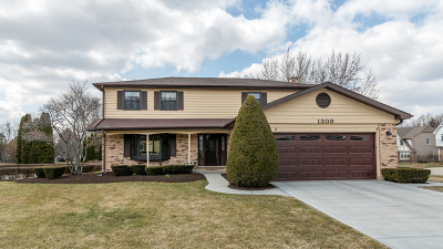 Libertyville Single Family Home Price Change: 1309 Romeo Court